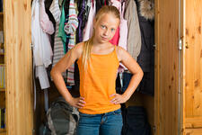 teen daughter closet organization